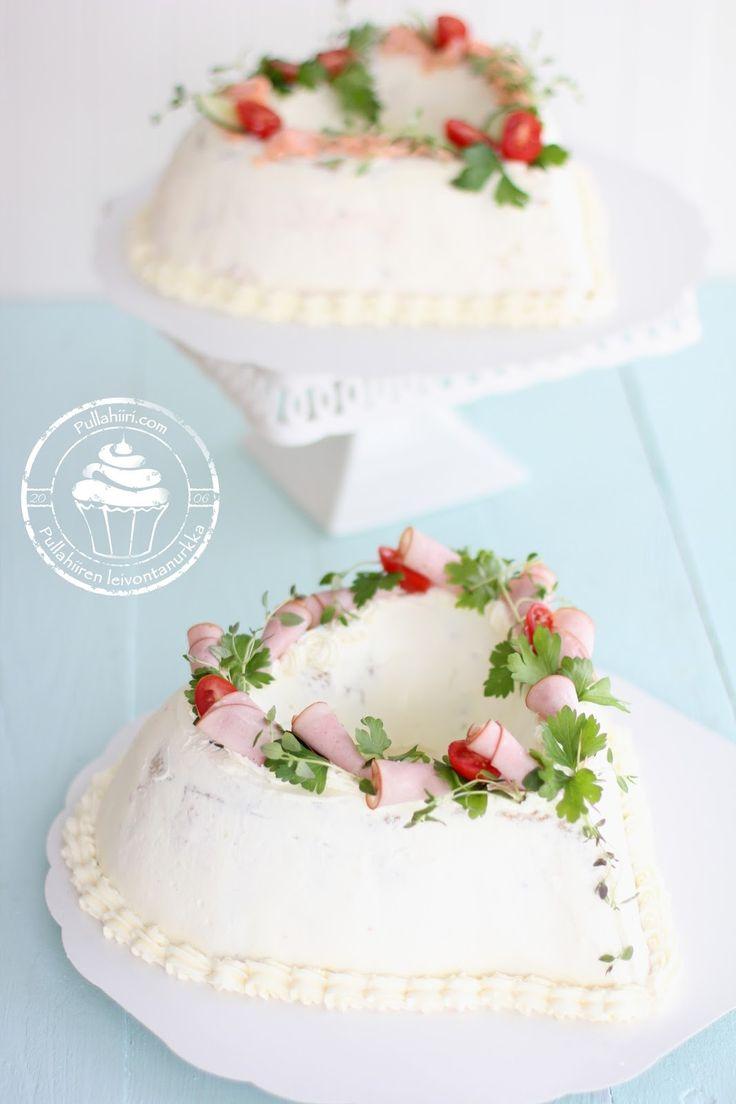 Herkulliset täytekakut Pullahiiren leivontanurkasta. Kermakakut, teemakakut, muotokakut sekä perinteiset täytekakut tilauksesta.Lisäksi myös suolaiset voileipäkakut upeilla muodoilla ja koristeluilla.