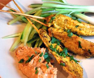 Chicken Satay with Spicy Peanut Sauce: Per Serving Kcal 290