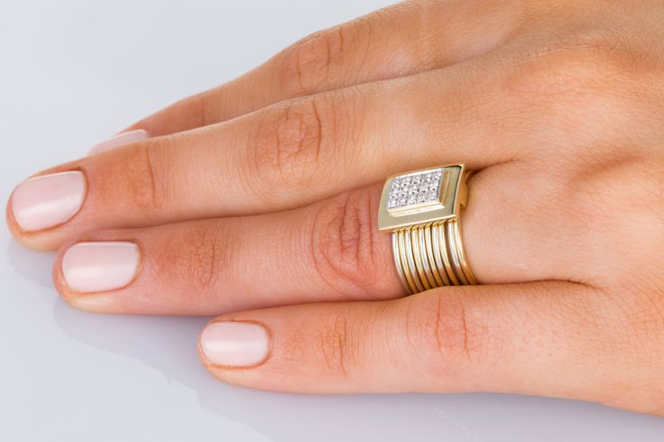 Damiani - Italy, beautiful gold, gorgeous sparkly diamonds. Does it get much better than this? No - go to www.1stdibs.com - The Jewellery Trading Company for the most precious jewels on earth!