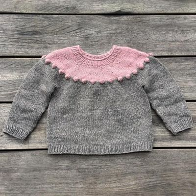 Perler-på-en-snor-sweater - Knitting for Olive