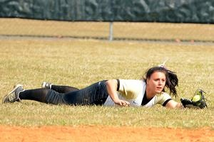 HCCC softball sweeps doubleheader against Broome Community College on Tuesday, April 9, 2013 #sports #softball #HCCC http://www.uticaod.com/sports/x633473103/HCCC-softball-sweeps-doubleheader-against-Broome