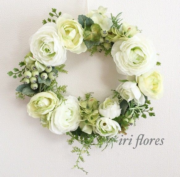 ✳︎再販✳︎人気リース 26cm✳︎8種のグリーン✳︎ラナンキュラス×紫陽花✳︎結婚式 ウエルカムリース 贈呈品 |フラワー・リース|iri flores|ハンドメイド通販・販売のCreema