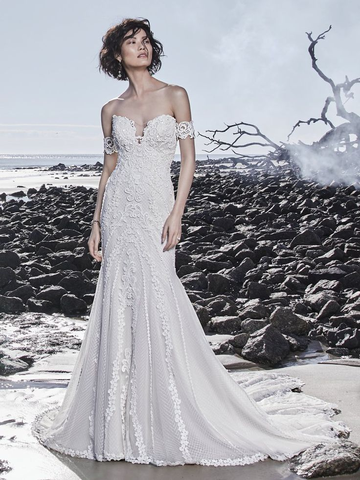735 best Wedding Gowns images on Pinterest | Gown wedding, Bridal ...