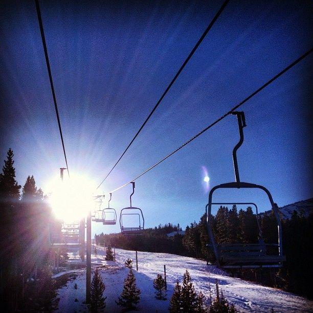 #bluebird #sunshine #snowboarding with #friends #lifeisgood #blessed #breckenrid