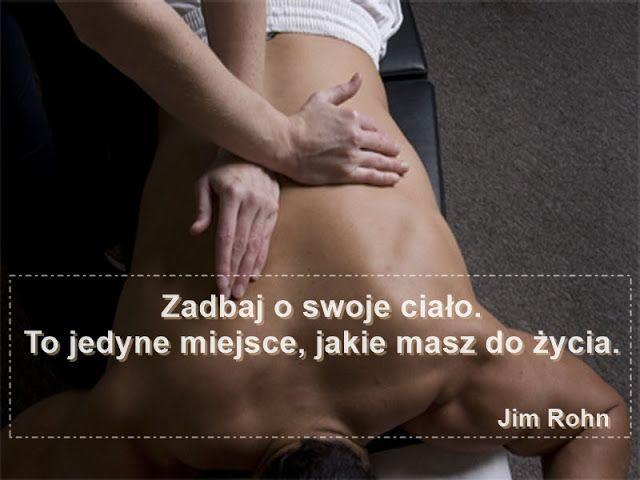#opiekunmedyczny #masaż Masaż ma wpływ na cały organizm człowieka, funkcjonowanie narządów wewnętrznych, mimo że wykonywany jest na powierzchni ciała. Dlaczego?