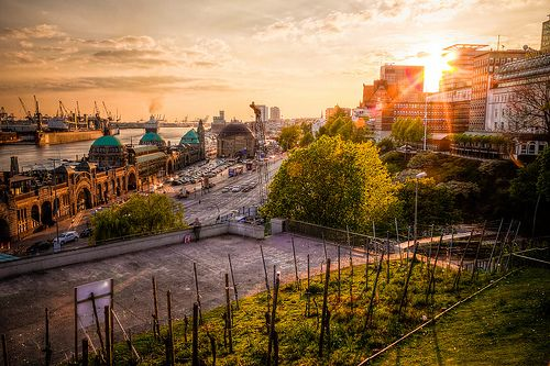 Sonnenuntergang an den Landungsbrücken | pixelpiraten.net