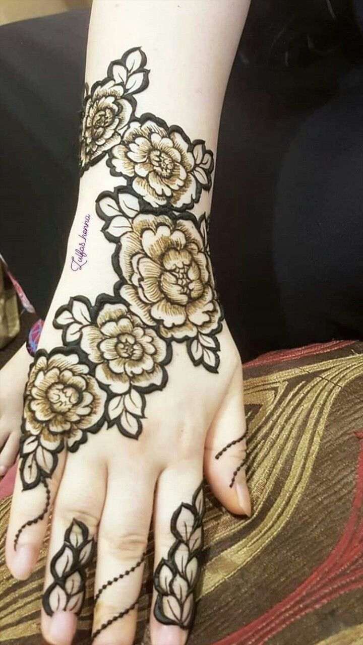 Dubai Mehendi Designs Rose Latest Dubai Mehendi Designs Rose 1000 In 2020 Latest Mehndi Designs Mehndi Designs For Fingers Mehndi Designs
