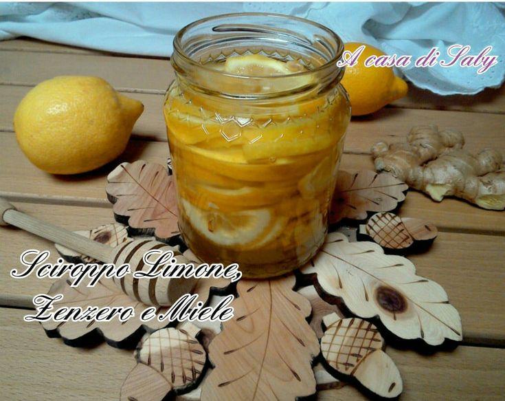 Lo sciroppo limone, zenzero e miele senza cottura, un vero toccasana contro i malanni di stagione.