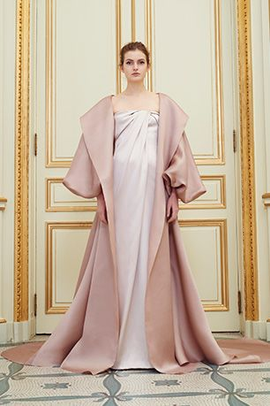 [[MORE]]  (adsbygoogle = window.adsbygoogle || []).push({});  Rami Al Ali Couture SPRING SUMMER 2016 Source