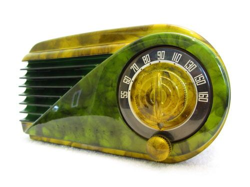 1940's Farnsworth art deco bakelite radio...