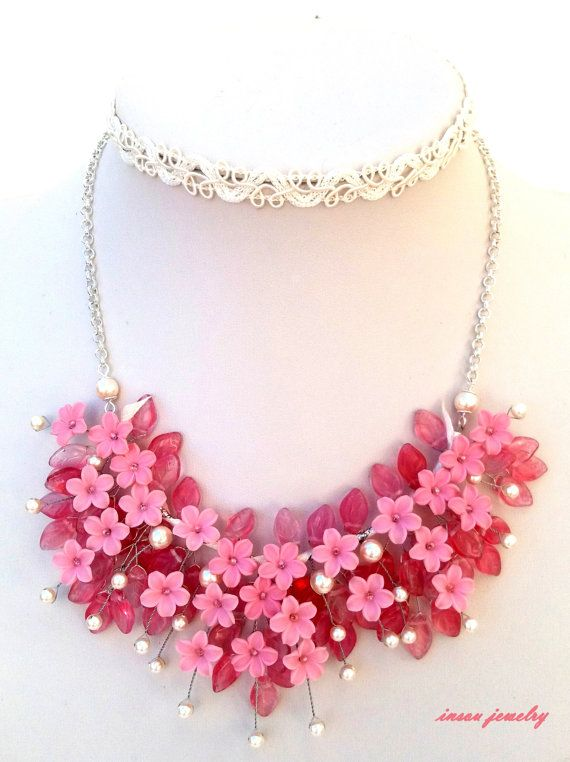 Flower NecklaceLight Pink Necklace Romantic by insoujewelry