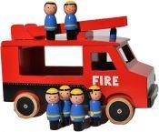 Brandbil med sex brandmän från Fairwood