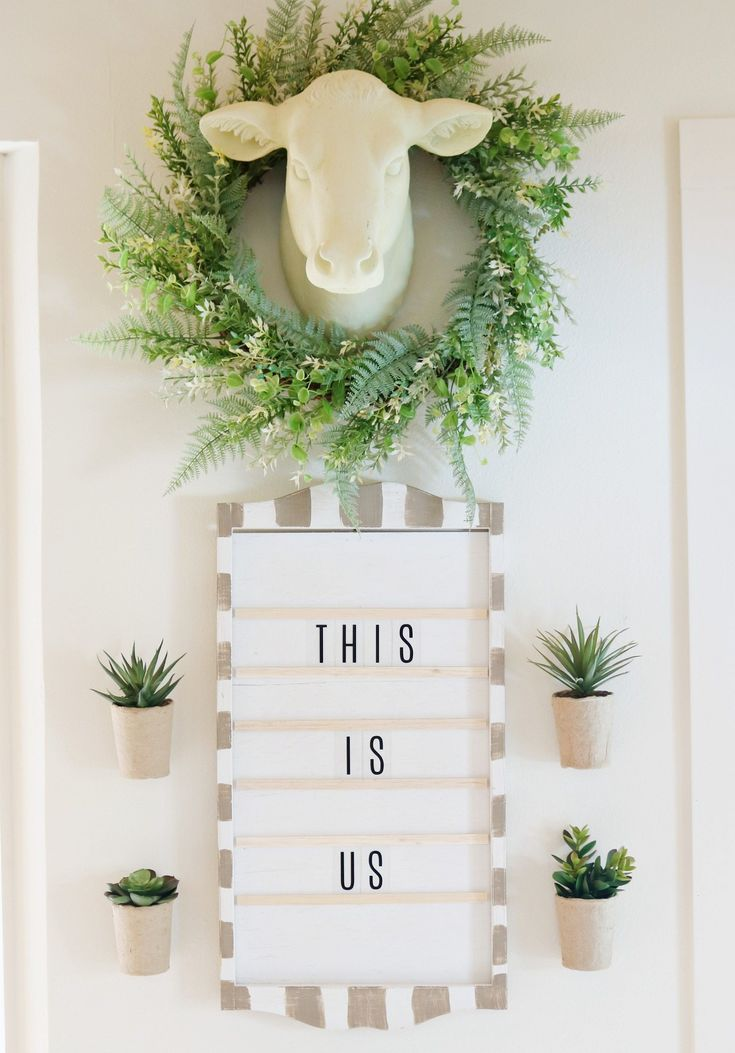 Perpetual Calendar Message Board - DIY Message board from calendar holder reminds me of an old church attendance board. Repurposed and refreshed rustic farmhouse look