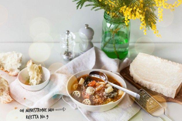 Amici, braucht ihr einen Bauch- und Seelenwärmer? Wir verraten euch das einfache aber superleckere Minestrone-Rezept unserer Nonna. Hmmm... http://bit.ly/minestrone-inverno