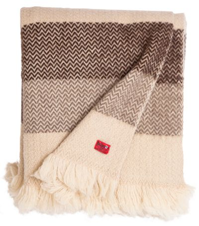 Karandila III - natural not dyed woolen throw from Bulgaria on balkanova.cz