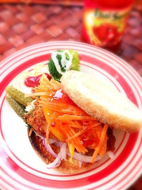 温か〜いヽ(´∀`)ノ もぅそれだけでやる気が出ちゃう 明日は幼稚園お休み、明後日から午前保育...今日の内に羽を伸ばそうww - 70件のもぐもぐ - Fish fry sandwichフィッシュフライサンド by Ami