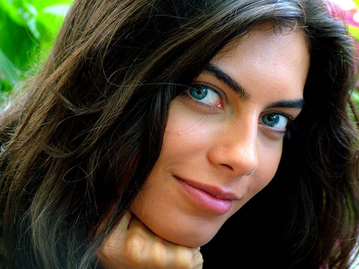 1000 images about beautiful mediterranean women on pinterest istanbul audrey tautou and. Black Bedroom Furniture Sets. Home Design Ideas