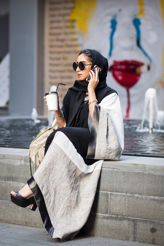 Dubai street style fashion for modern women (4)