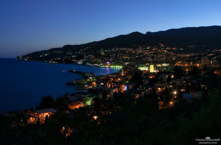 Yalta night view
