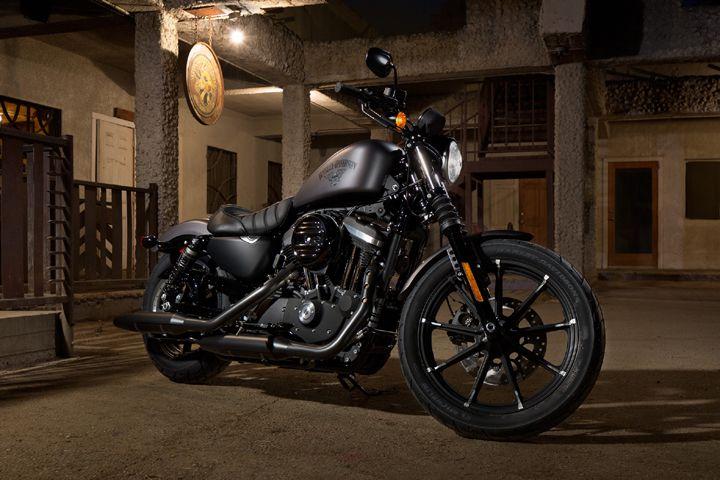 Harley-Davidson 2017 Iron 883 Review Specs Price