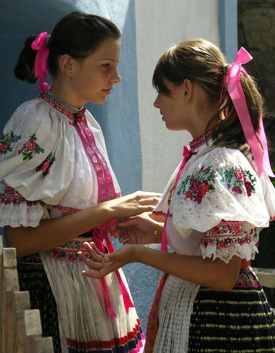 Kroje a tak : Photo Hrušov village, Hont region, Central Slovakia.