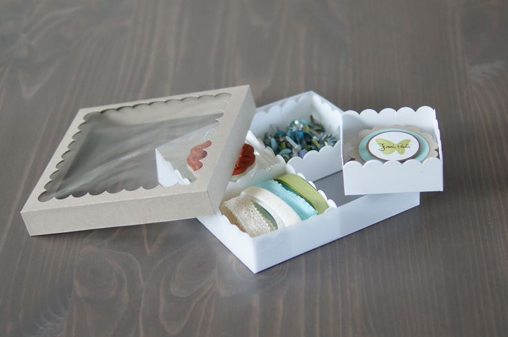 translation and a tutorial: Little Boxes, Compartment Boxes, Printable Boxes, Great Gifts, Paper Boxes, Boxes Tutorials, Diy Storage, Paper Crafts, Gifts Boxes