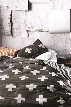 Dot dot, stripe stripe, chevron, cross, spot. It's like Morse code for the cognoscenti, sending out bold statements of style to bedrooms and lounge rooms across New Zealand. Fashion isn't just something you wear, you can live it too with our new Crosses bedlinen.