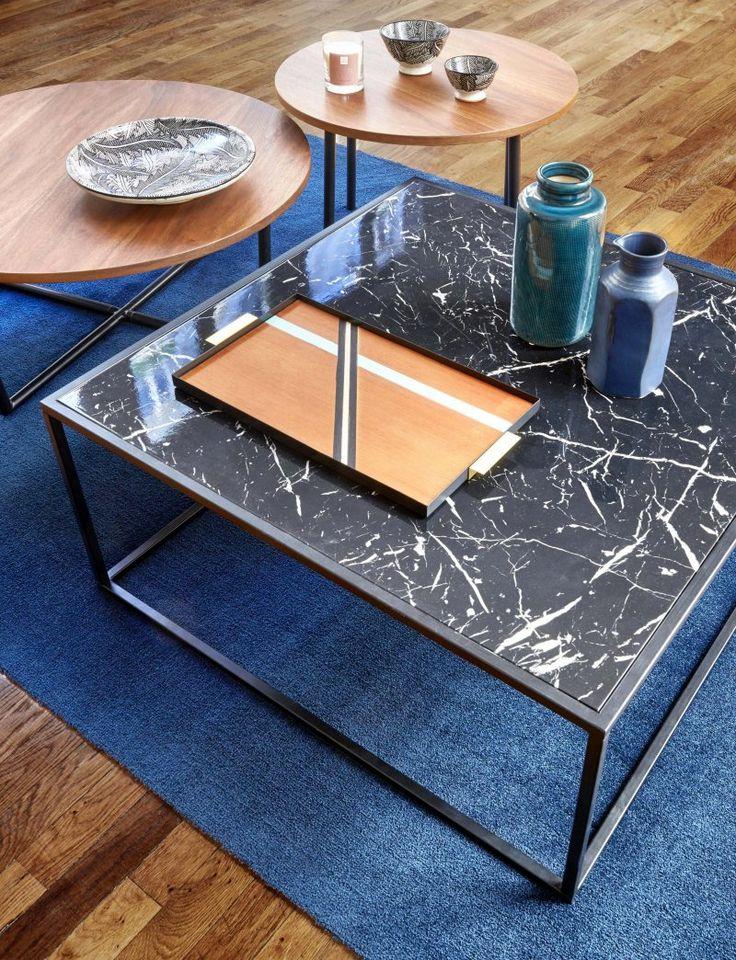 Table basse en marbre noir par But.