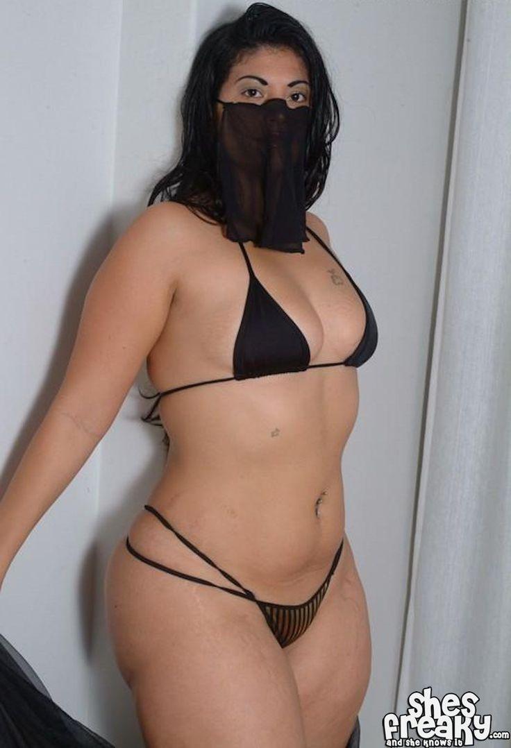 curvy middle eastern women nude