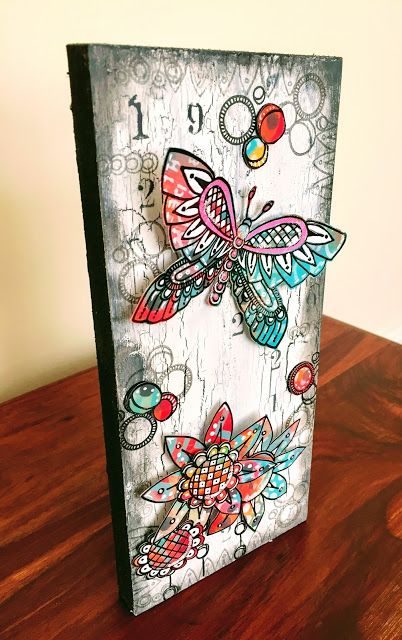 Butterfly-Paperartsy/Tracy Scott