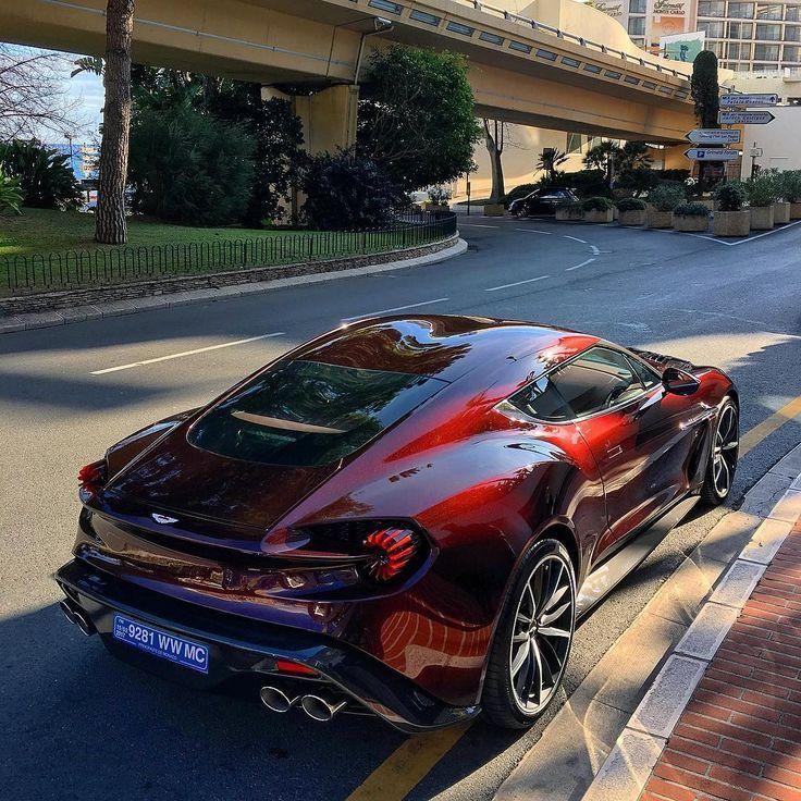 Best Dubai Luxury And Sports Cars In Dubai: 1,957