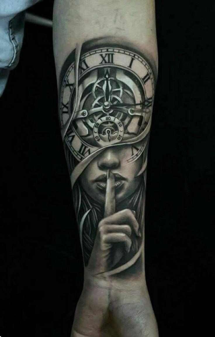 idée tatouage homme avant-bras horloge femme
