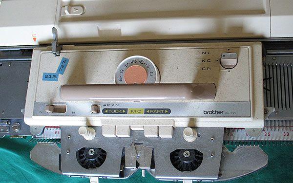 Zerlegen und Reinigen einer Brother (Lochkarten-)Strickmaschine