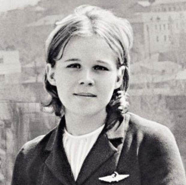 15.10.1970 погибла 19-летняя стюардесса Надежда Курченко, героически пытаясь предотвратить угон самолета террористами