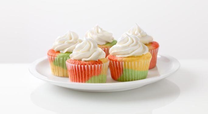 Tie-Dye Fruity Cupcakes #JELLO | Everyday Cakes & Cupcakes | Pinterest