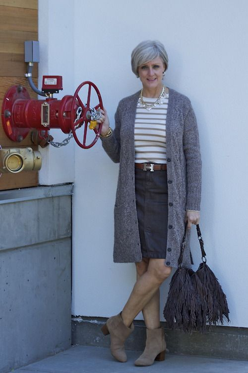 Best 25 Mature Women Fashion Ideas On Pinterest Mature Fashion Fashion Cape And Long Cape Dress