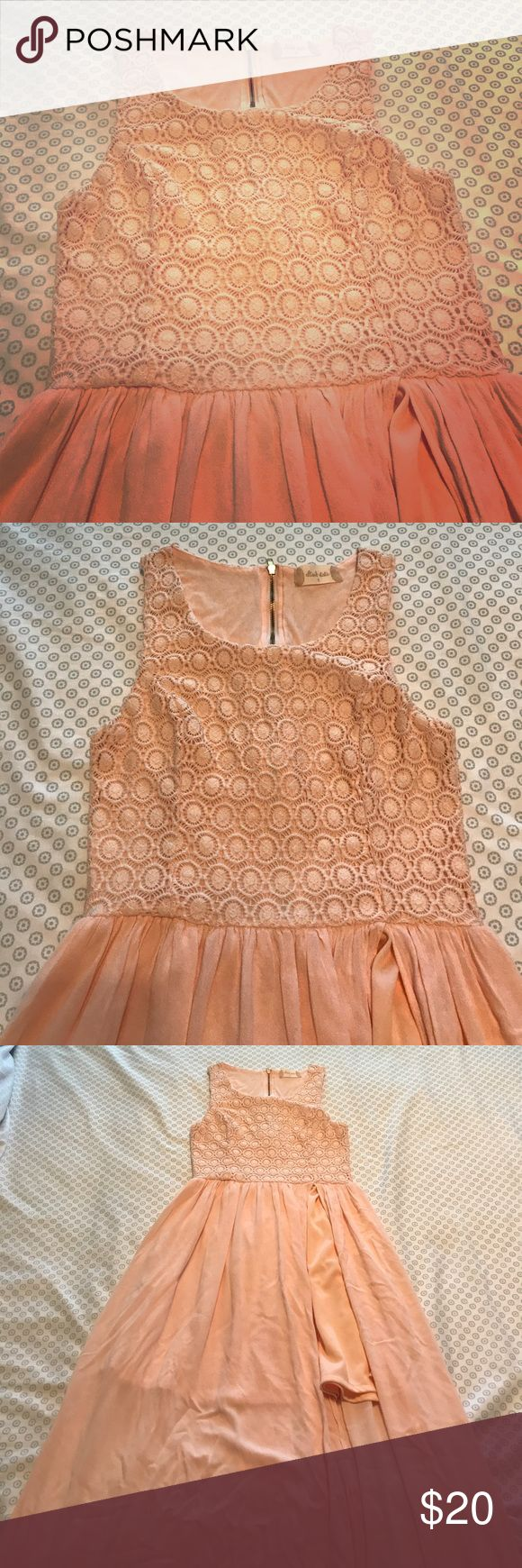 Peach Maxi Dress Be beautiful in this cute dress. Side slit. Zipper in the back. Soft flows material. Pair these with a cute pair of Sandler and enjoy a hot summer day in style. Only worn a couple of times. Altar'd State Dresses Maxi