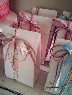 Top Tips for Children's Party Planning: Perfect Party Favours...