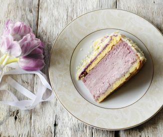 Gâteau délicieux aux groseilles.