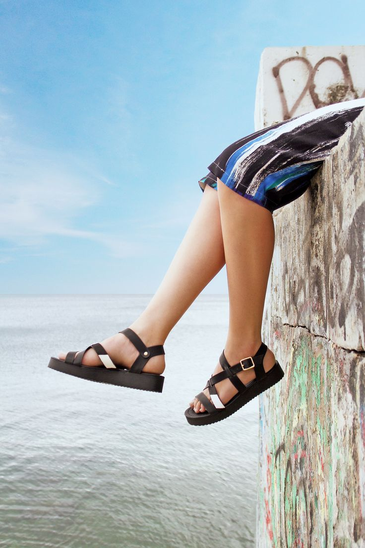 Rue Black Flatforms S/S 2015 #Fred #keepfred #shoes #collection #leather #fashion #style #new #women #trends #flatforms #black #sandals #pony