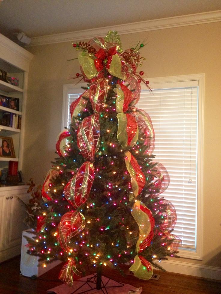 Christmas Decorations Using Mesh Ribbon