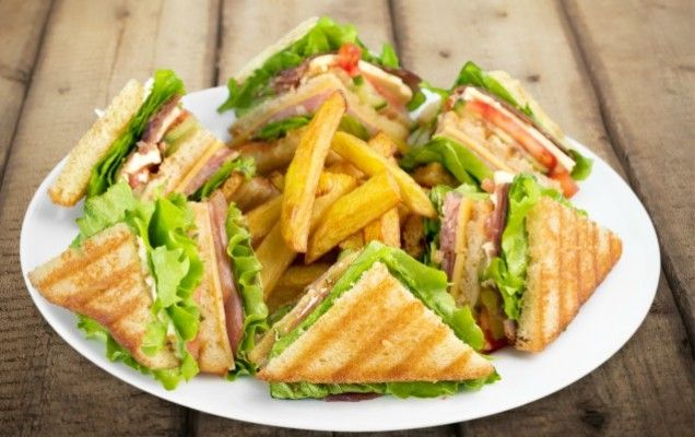 Σπιτκό club sandwich - iCookGreek
