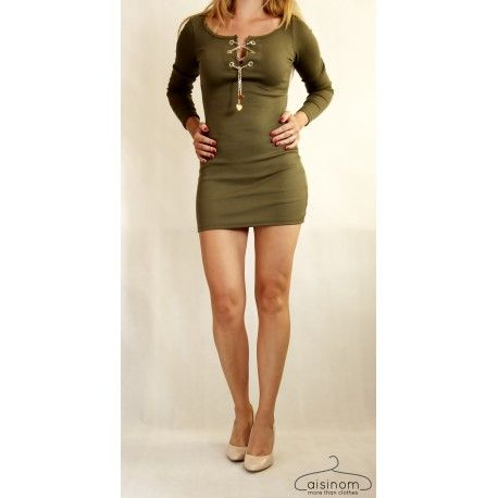 Sexy mini sukienka z wiązanym dekoltem, łańcuszek z serduszkiem