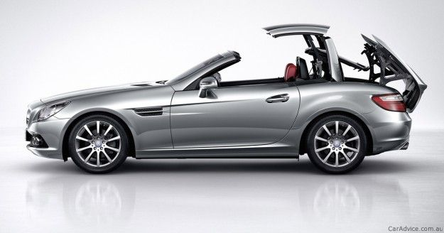Mercedes-Benz SLK 200 & 350 Review http://www.backblade.net/ #windscreen