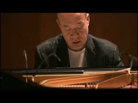 (Joe Hisaishi - One Summer's Day) I love Studio Ghibli films and Mr. Hisaishi's compositions. I am currently learning this song on the piano.