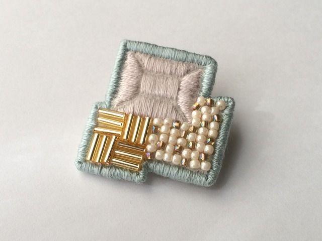 刺繍ブローチ【3 squares】