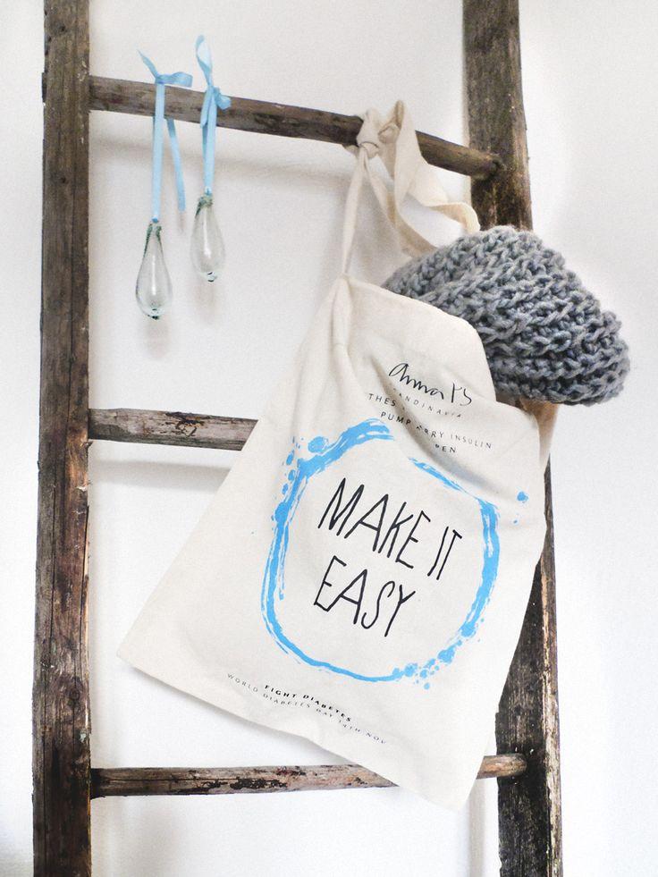 "AnnaPS tote bag ""Make it easy"" WWD 2013"