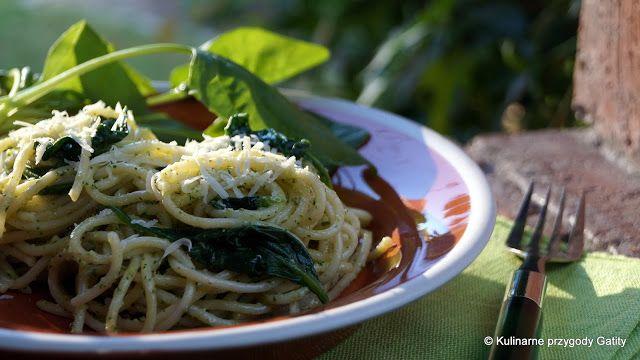 Kulinarne przygody Gatity: Spaghetti ze szpinakiem i pesto