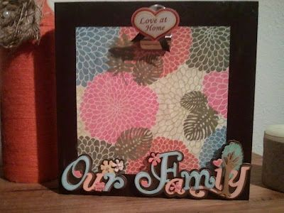 DIY photo box frame with a metal clip so you can change out the pictures at any time. Could make as a gift or for wedding/baby showers, too.: Painted Wood, Diy Photo, Crafts Ideas, Nifti Gifts, Photo Ideas, Gifts Ideas, Paintings Wood, Great Ideas, Photo Boxes