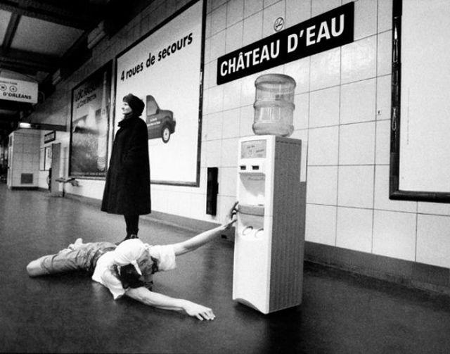 JanolApin-Chateau-deau Les noms des stations de Métro prises au pied de la lettre